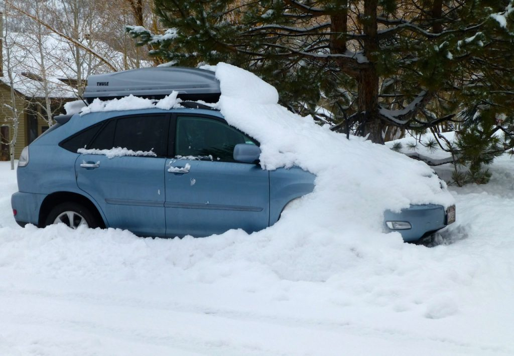 How to transport ski?