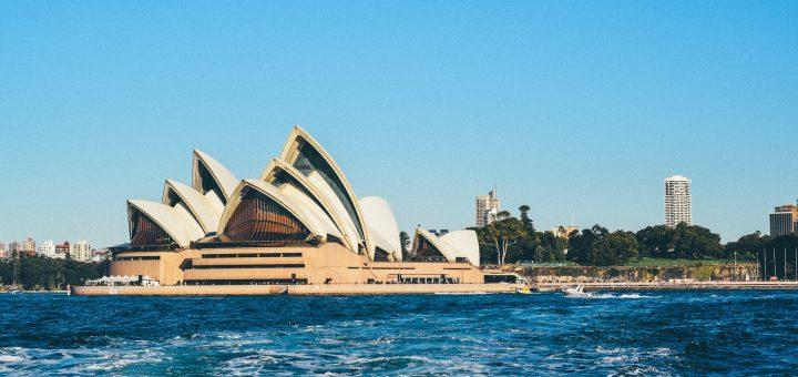 how to move to Australia