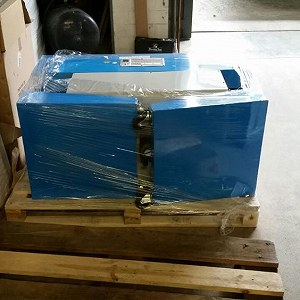 Delivery 1 x Pallet (machine part)