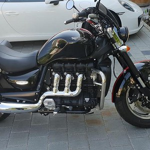 Delivery Triumph Rocket 3 Roadster
