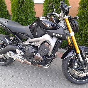 Delivery Yamaha MT-09