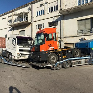 Delivery Terminal tractor unit
