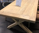 Delivery 1 X dining table