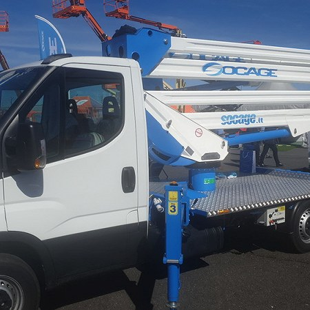 Iveco Daily chassis fitted with aerial platform