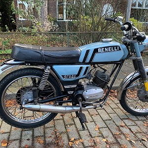 Delivery Benelli GTV 50 moped