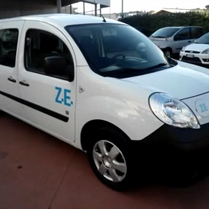 Delivery Renault Kangoo Z.E. Maxi, 2 cars